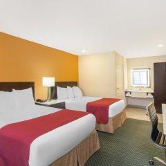 Отель Ramada by Wyndham Culver City 2* Стандартный номер с различными типами кроватей фото 4