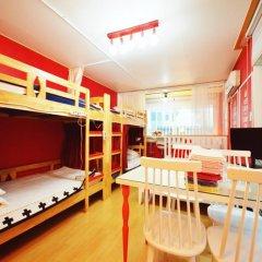 Отель Han River Guesthouse 2* Семейная студия с двуспальной кроватью фото 2