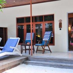 Отель Meeru Island Resort & Spa Мальдивы, Остров Фуранафуши - 10 отзывов об отеле, цены и фото номеров - забронировать отель Meeru Island Resort & Spa онлайн балкон