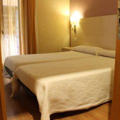 Отель Hostal Fina Испания, Барселона - отзывы, цены и фото номеров - забронировать отель Hostal Fina онлайн сейф в номере