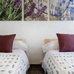 Отель Enzo B&B Montjuic 2* Стандартный номер с 2 отдельными кроватями (общая ванная комната) фото 4