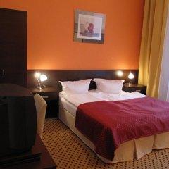 Отель Royal Plaza 3* Стандартный номер с двуспальной кроватью фото 2