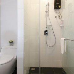 Отель Ratchadamnoen Residence 3* Улучшенный номер с различными типами кроватей фото 16