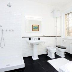 Апартаменты Salaria Apartment ванная фото 2