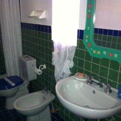 Отель Il Casale B&B Residence Италия, Сиракуза - отзывы, цены и фото номеров - забронировать отель Il Casale B&B Residence онлайн ванная