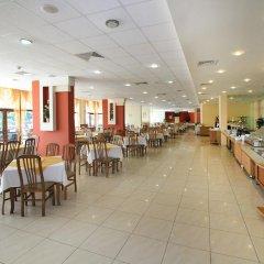 Отель Edelweiss- Half Board Болгария, Золотые пески - отзывы, цены и фото номеров - забронировать отель Edelweiss- Half Board онлайн питание