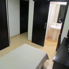 Отель Hostal Julian Brunete Брунете сауна
