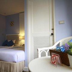 Hotel Alley 3* Улучшенный номер с двуспальной кроватью фото 18