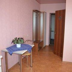 Гостиница Aparthotel Flora комната для гостей фото 2