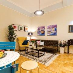 Апартаменты Lovage Apartment комната для гостей фото 4