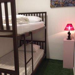 Отель FIRST 1 Boutique House at Sukhumvit 1 2* Номер категории Эконом с различными типами кроватей фото 4