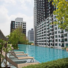 Отель The Fuse Таиланд, Бангкок - отзывы, цены и фото номеров - забронировать отель The Fuse онлайн бассейн
