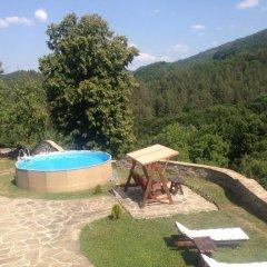 Отель Guest House Stoilite Габрово бассейн