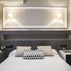 Отель AinB B&B Eixample-Muntaner развлечения