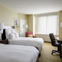 Отель Crystal City Marriott at Reagan National Airport комната для гостей фото 5