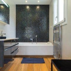 Отель La Tour Sarrasine Франция, Ницца - отзывы, цены и фото номеров - забронировать отель La Tour Sarrasine онлайн ванная