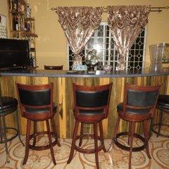 Отель ShayVille гостиничный бар