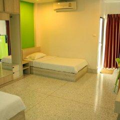 Отель The Fifth Residence 3* Улучшенный номер с 2 отдельными кроватями фото 9