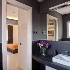 Отель Foster Estudios Plaza España ванная