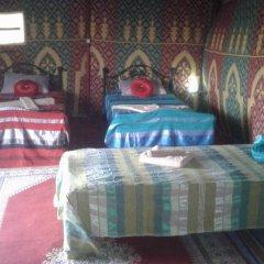 Отель Night Desert Camp Марокко, Мерзуга - отзывы, цены и фото номеров - забронировать отель Night Desert Camp онлайн комната для гостей