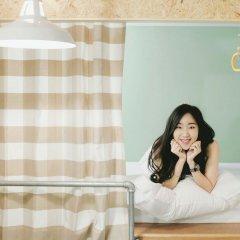 Barn And Bed Hostel Кровать в общем номере фото 2