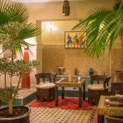 Отель Riad Al Wafaa Марокко, Марракеш - отзывы, цены и фото номеров - забронировать отель Riad Al Wafaa онлайн интерьер отеля фото 3