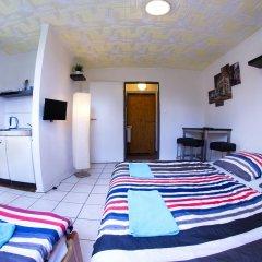 Хостел Seven Prague Апартаменты с двуспальной кроватью фото 7