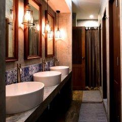 Vivit Hostel Bangkok Кровать в общем номере с двухъярусной кроватью фото 5