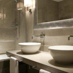 Отель NH Collection Firenze Porta Rossa 5* Улучшенный номер с различными типами кроватей фото 2