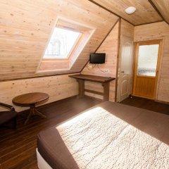 Гостиница Country Club Edem Коттедж с разными типами кроватей фото 9