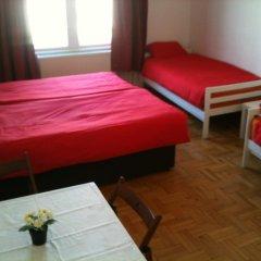Апартаменты Caterina Private Rooms and Apartments Стандартный номер с различными типами кроватей (общая ванная комната) фото 32