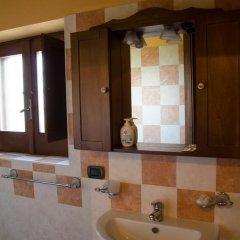 Отель Fontanarosa Residence Солофра ванная