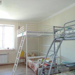 Hostel Chemodan Кровать в общем номере двухъярусные кровати