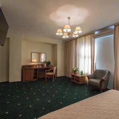Гостиница Берлин 3* Люкс с разными типами кроватей фото 6