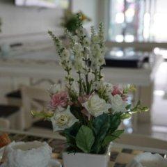 Отель Phuket Airport Suites & Lounge Bar - Club 96 питание фото 3