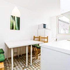 Апартаменты Apartment Köln Weidenpesch Кёльн комната для гостей фото 5