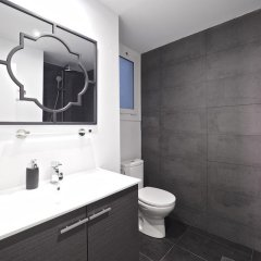 Отель The White Flats Les Corts Испания, Барселона - отзывы, цены и фото номеров - забронировать отель The White Flats Les Corts онлайн ванная фото 3