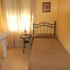 Отель Pension Perez Montilla 2* Стандартный номер с 2 отдельными кроватями (общая ванная комната) фото 3