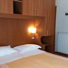 Hotel Ambrosi Фьюджи комната для гостей фото 4
