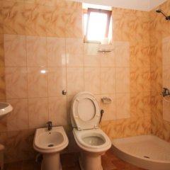 Отель Dine Албания, Ксамил - отзывы, цены и фото номеров - забронировать отель Dine онлайн ванная