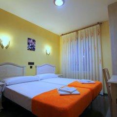 Отель Hostal Regio Стандартный номер с двуспальной кроватью фото 6