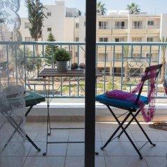 Апартаменты Paphos Love Hut Deluxe Apartment балкон