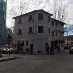 Отель Savana Албания, Тирана - отзывы, цены и фото номеров - забронировать отель Savana онлайн парковка