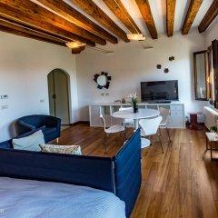 Отель La Gondola Rossa Италия, Венеция - отзывы, цены и фото номеров - забронировать отель La Gondola Rossa онлайн комната для гостей фото 5