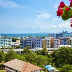 Отель Hyde Park by MyPattayaStay балкон
