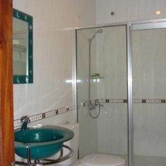 Отель Hoang Loc Hotel Вьетнам, Буонматхуот - отзывы, цены и фото номеров - забронировать отель Hoang Loc Hotel онлайн ванная фото 2