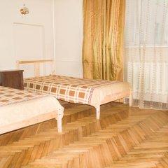 U Maksima Mini Hotel комната для гостей