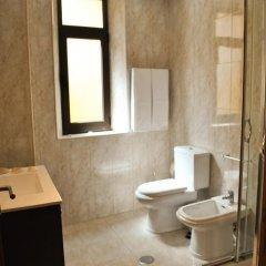 Отель Apartamentos Porto Douro Ribeira ванная