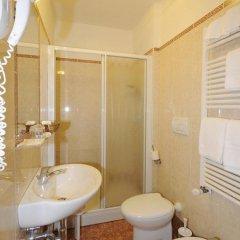 Il Mercante Di Venezia Hotel 3* Номер с общей ванной комнатой с различными типами кроватей (общая ванная комната) фото 4