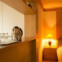 Отель Golden House @ Silom 2* Улучшенный номер фото 4